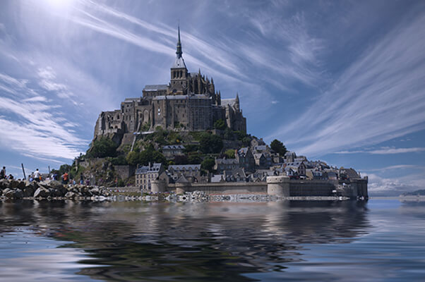 Visit Mont St Michel, France on your EuroParcs camping holiday